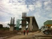 Mekong Delta: Work on major bridges halfway done