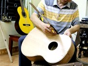 Sons keep quality guitar-making alive