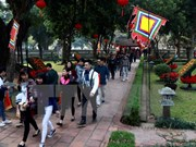 Hanoi welcomes 308,000 tourists during Tet