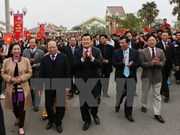 President joins annual springtime festival with ethnic groups