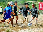 Norway helps Thua Thien-Hue develop community football