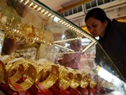 Gap between Vietnam's gold price, global market price narrows