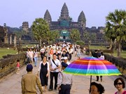 Cambodia: Tourist sites attract visitors during traditional festival