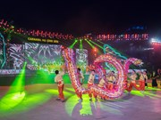 Ha Long Carnival attracts crowds