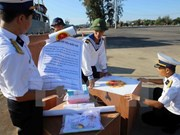 Naval ships help Truong Sa district join General Election