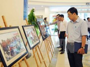 VNA displays photos on Truong Sa archipelago