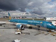 Vietnam Airlines signs contract with CAE for pilot training
