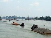 Vietnam needs 36.7 million USD for waterway safety