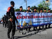 Thailand deploys 100,000 police to keep referendum security