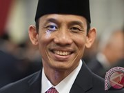 Indonesia fires minister for dual citizenship