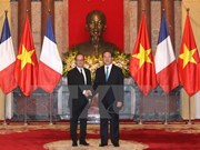 French President concludes Vietnam visit