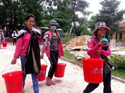 Hygiene packages delivered to poor women in Kon Tum