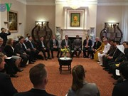 Vietnam, US officials share religious information