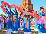Ninh Thuan: Cham ethnic group celebrates traditional festival