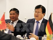 Deputy PM Trinh Dinh Dung visits Germany
