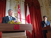 Singaporean, Japanese leaders agree on TPP, East Sea