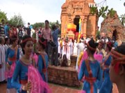 Cham ethnic community celebrates Kate festival