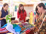 Hanoi Gift Show 2016 opens