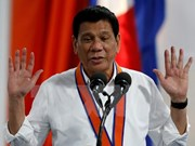 Philippine President visits China