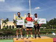 Vietnam first in ranking at Tour de Siak cycling tournament