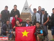 Visit Fansipan peak - Indochina's roof in Sa Pa