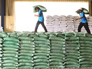 Agriculture, trade ministries sign MoU on agro-forestry-fisheries