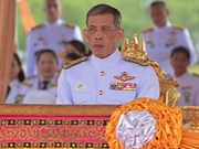 Thai Crown Prince Vajiralongkorn accepts throne