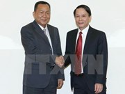 Vietnam, Laos news agencies agree on closer ties