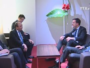 High-level sessions, meetings fill Vietnamese PM's schedule in Davos