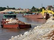 Hanoi reports many violations of Dyke Law