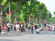 Hanoi's walking zone attracts tourists