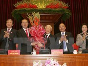Newly-elected Party Central Committee convenes first plenum