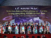 Photo, film exhibition on ASEAN Community opened in Quang Ninh