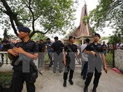 Suicide bombing injures four people in Indonesia