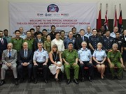 Foreign police officers attend training in HCM City