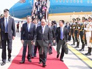PM arrives in Beijing, beginning official visit to China
