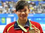 Swimmer Anh Vien sets new Asian record