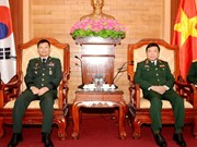 More mutual visits to promote Vietnam-RoK defence relations