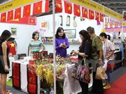 Vietnam joins charity fair in Indonesia