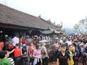 Bac Giang proposes combination of Yen Tu's east, west festivals