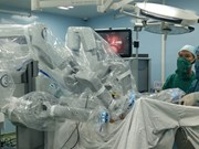 Robots upgrade surgery quality for Vietnamese