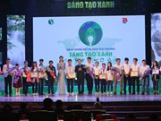 Students sweep awards at green contest
