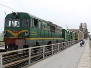 Deputy PM urges study on north-south express railway