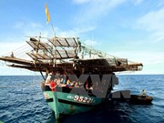 Filipino fishermen rescued in Phu Yen