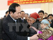 President presents Tet gifts to the needy in Lao Cai
