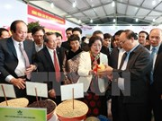 PM vows to introduce clean farm produce to the world