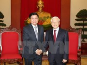 Lao PM affirms determination to boost ties with Vietnam