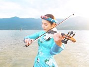 Korean violinist showcases Vietnam on video clip