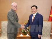 Deputy PM welcomes US public policy professor