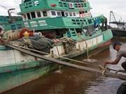 29 Vietnamese detained in Australia for illegal fishing
